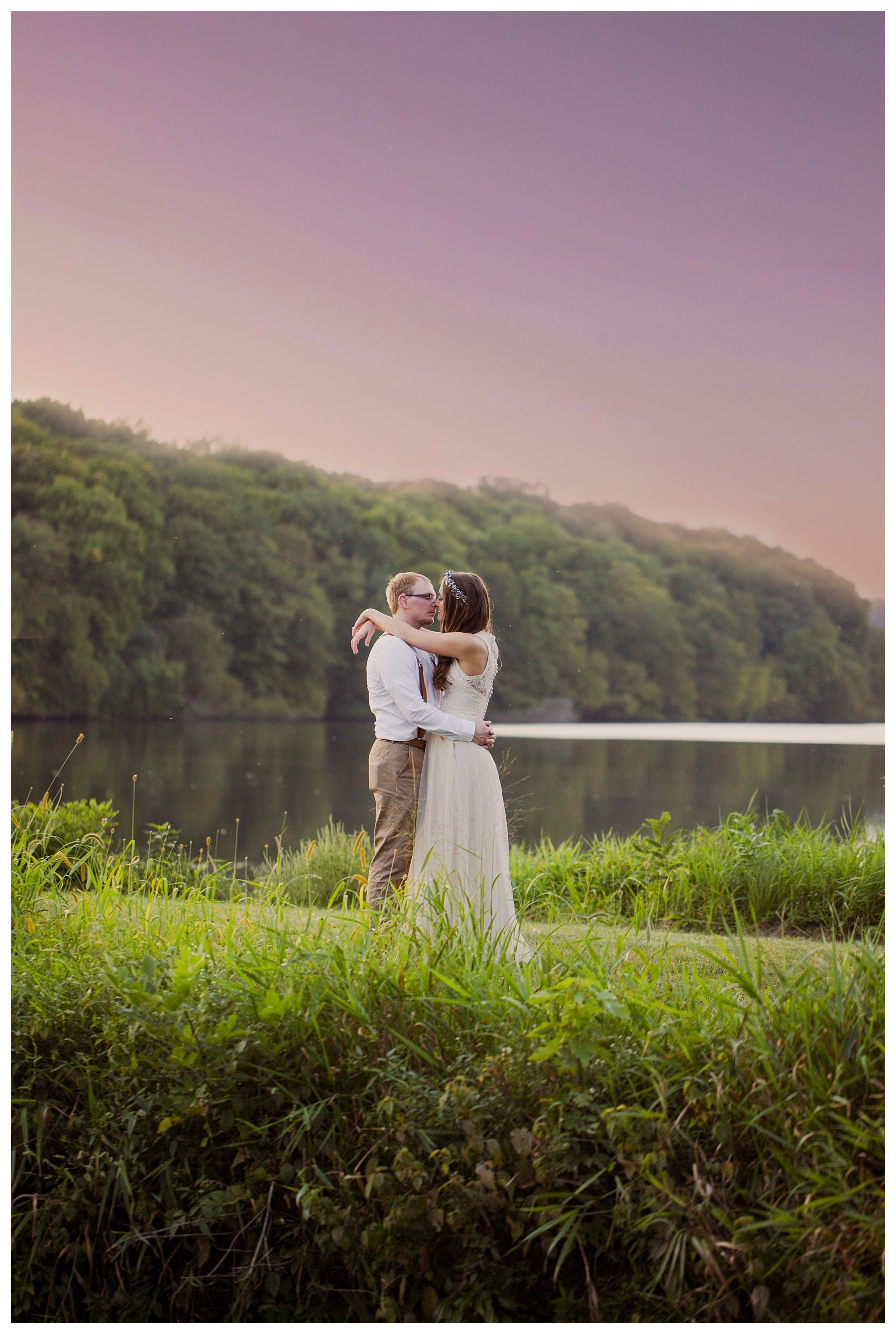 Des Moines Photographer | Back bone state park | Wedding photographer | Kara Vorwald | Dundee Iowa