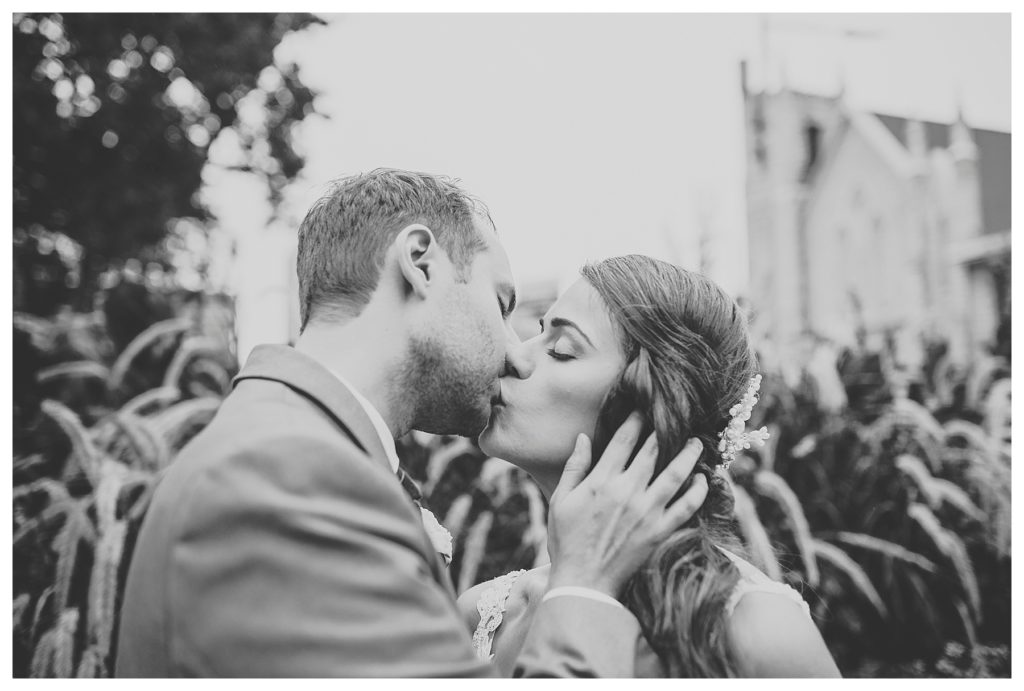 Des moines | Cedar Rapids Art Museum | Des Moines photographer | iowa photographer | midwest photographer | Kara Vorwald photography | wedding photography |